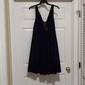 Torrid black sleeveless velvet cocktail dress
